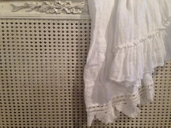 bella-notte-hand-towel-4